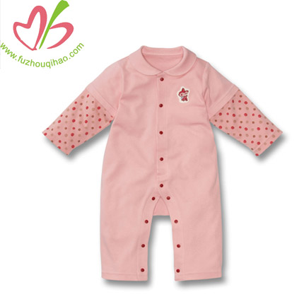 cute and comfortable long sleeve baby romper