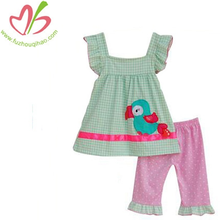 Angel Sleeve Green Grid Top And Pink Ruffle Pant With Appliaue