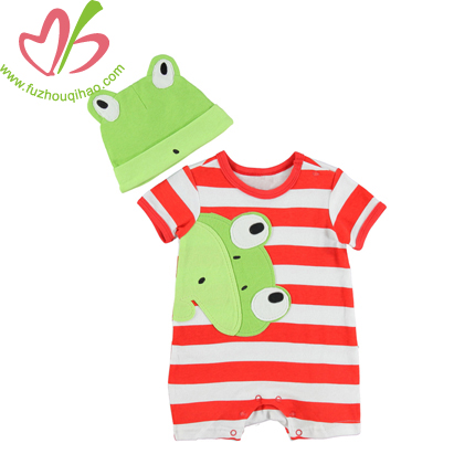 Frog Design Baby Outfits with Caps