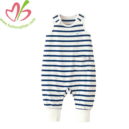Black and White Stripe Preemie Baby Garments without Printing