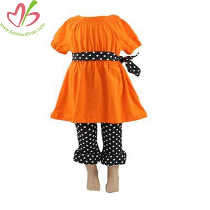 Girl's Orange and Black 2pcs Capris Set