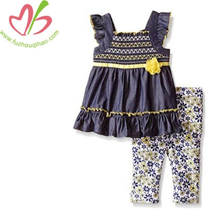 Girls' Tunic and Printed Capri outfit